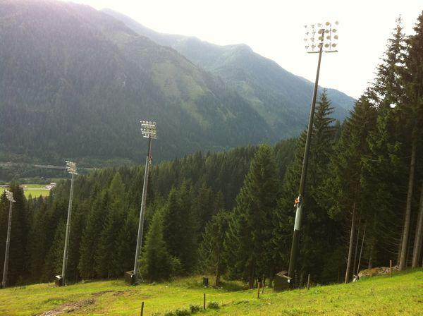 Bergbahnen-Flachau-Flutlicht-Lackierarbeiten