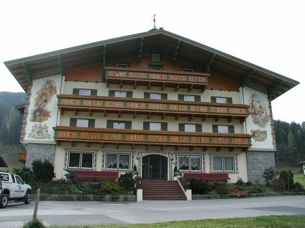 Taxerhof-Fassadenarbeiten-Radstadt