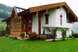 Kirchgasser-Fassadenarbeiten-Flachau